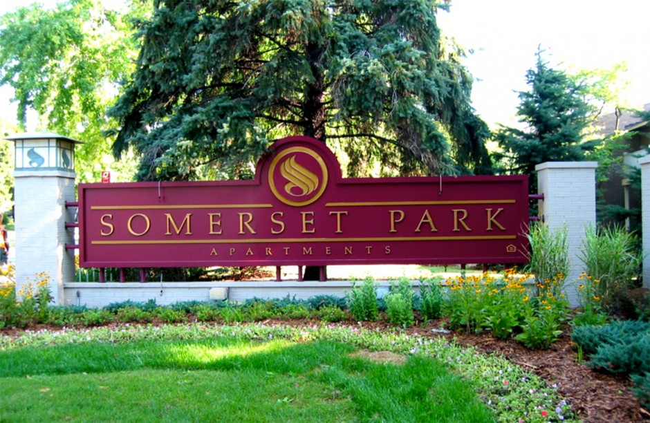 Somerset Park Entry
